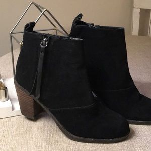 Dolce Vita Black Suede Ankle Boot Size 8